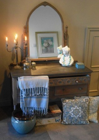 Vintage oak dressing table with carved detailing limed finish