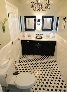 A compact, well planned bathroom