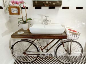 A bicycle basin