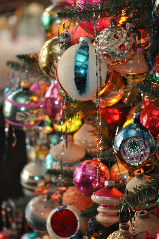Vintage glass baubles. image from mahoninghistory.org