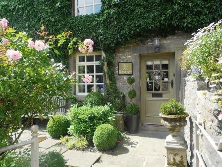 Delightful frontage