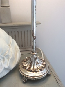 'Antiqued' gilded lamp base