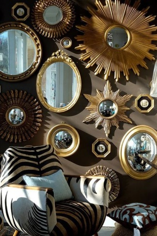 Mixed mirror wall display unified by gilt