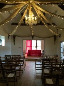 Simple Rustic Fusion Barn Wedding Decoration