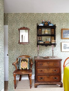 Willow Bough wall paper by Morris and Co in Pen Pentreath's home